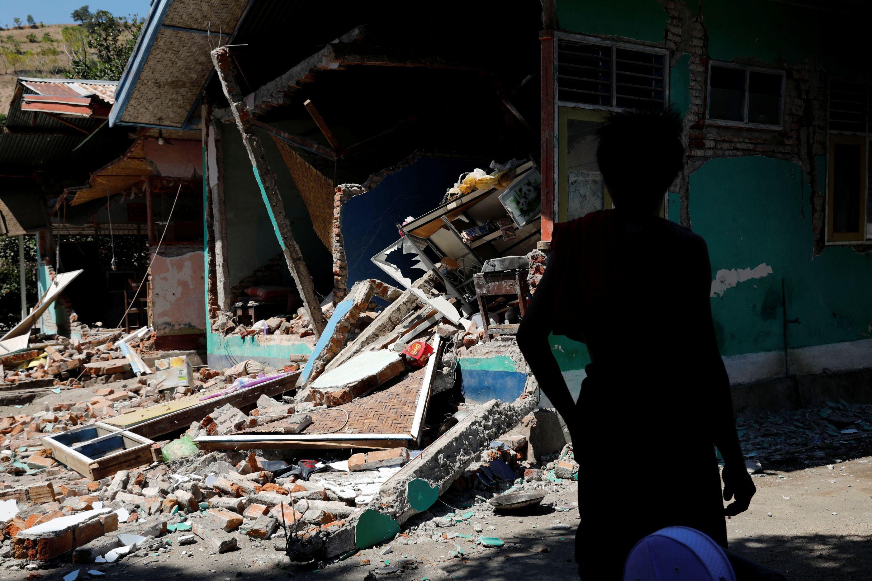 Mais de 500 milhões de dólares de danos por sismo na Indonésia