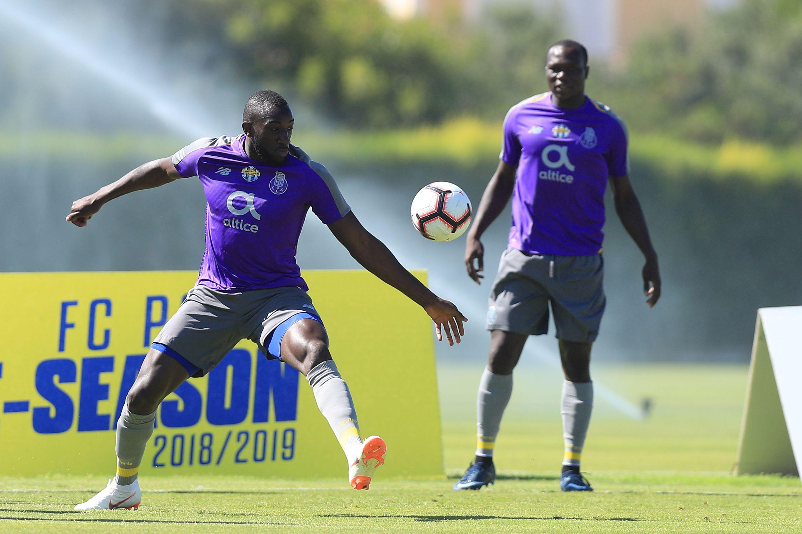 FC Porto de volta aos treinos com trio condicionado
