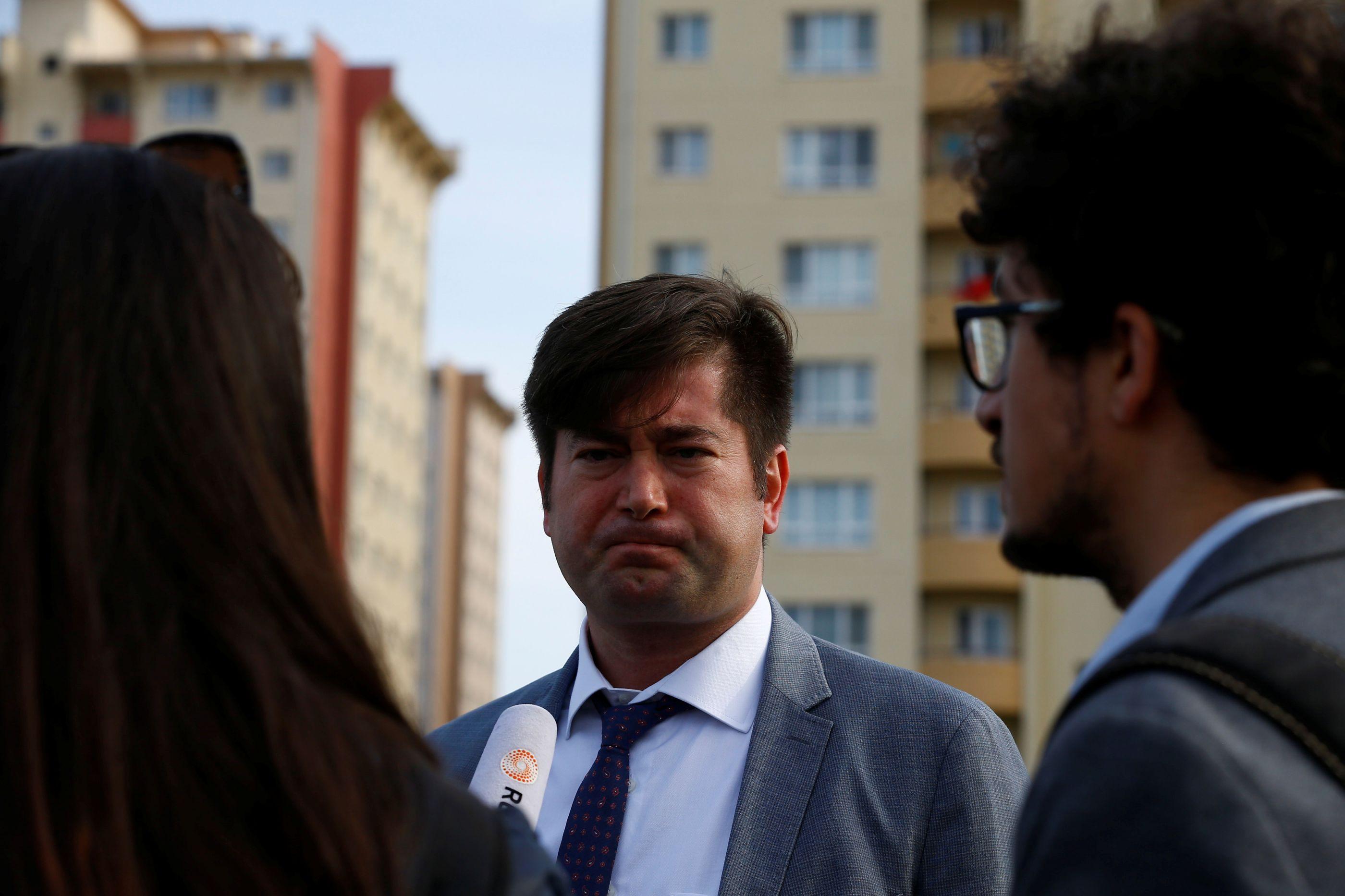 Tribunal turco liberta pastor norte-americano Andrew Brunson