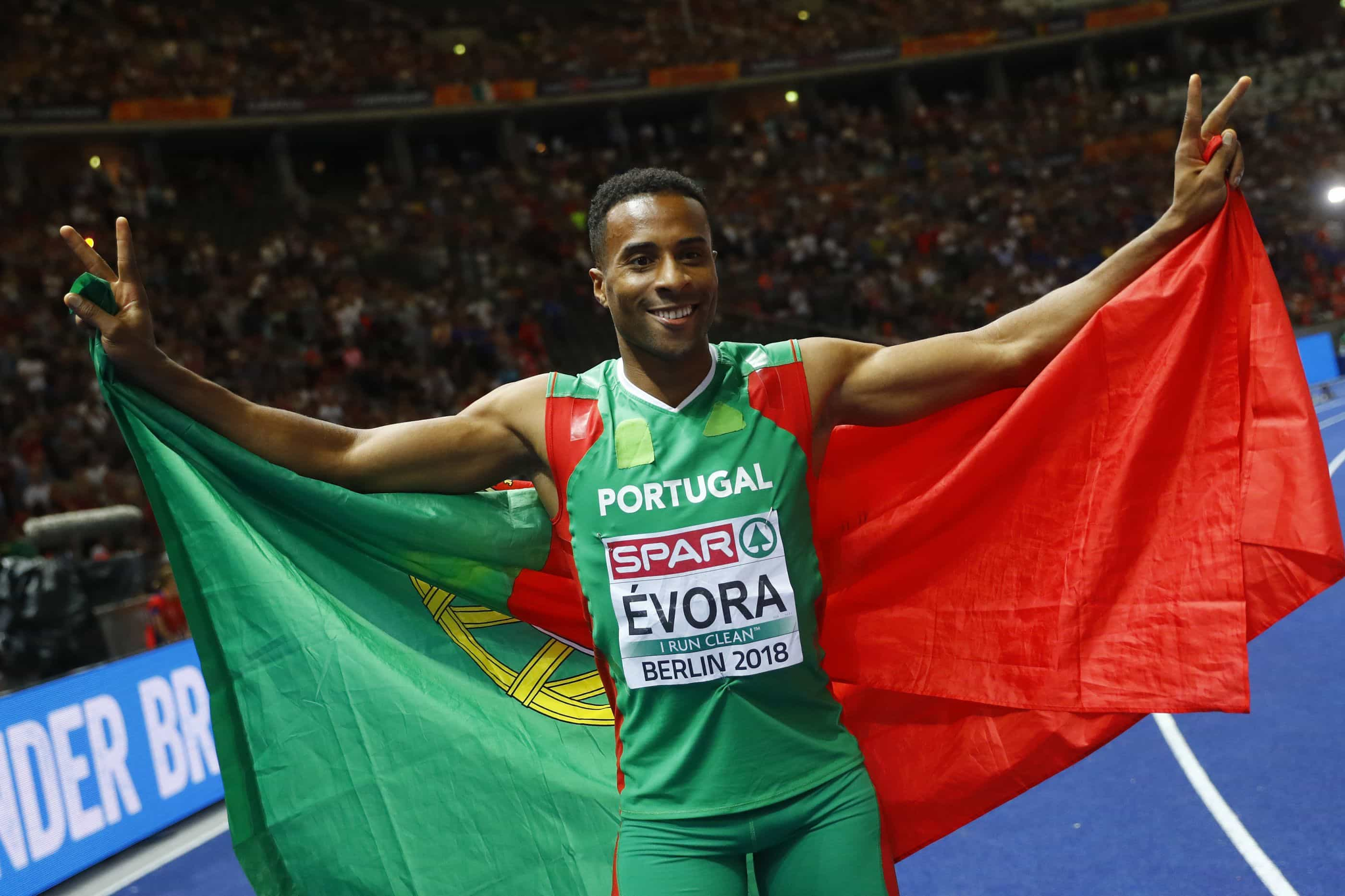 Nelson Évora é vice-campeão europeu de pista coberta