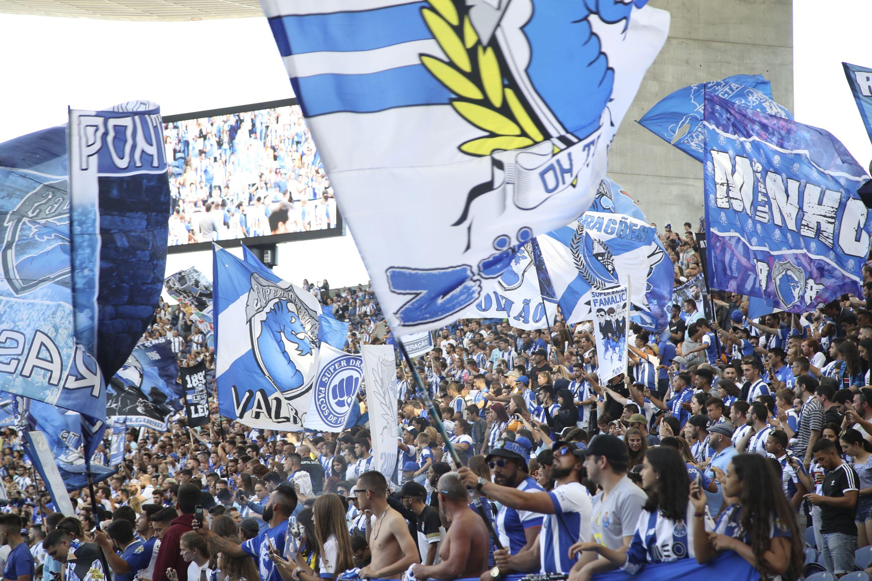 FC Porto coloca bilhetes à venda para a receção ao Liverpool