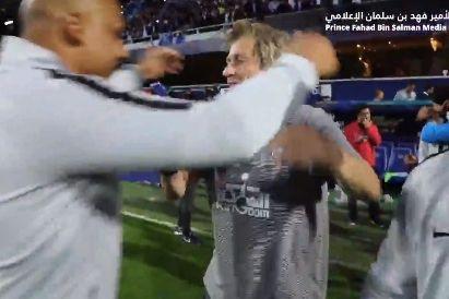 Al Hilal: Os festejos de Jorge Jesus após a conquista do primeiro troféu