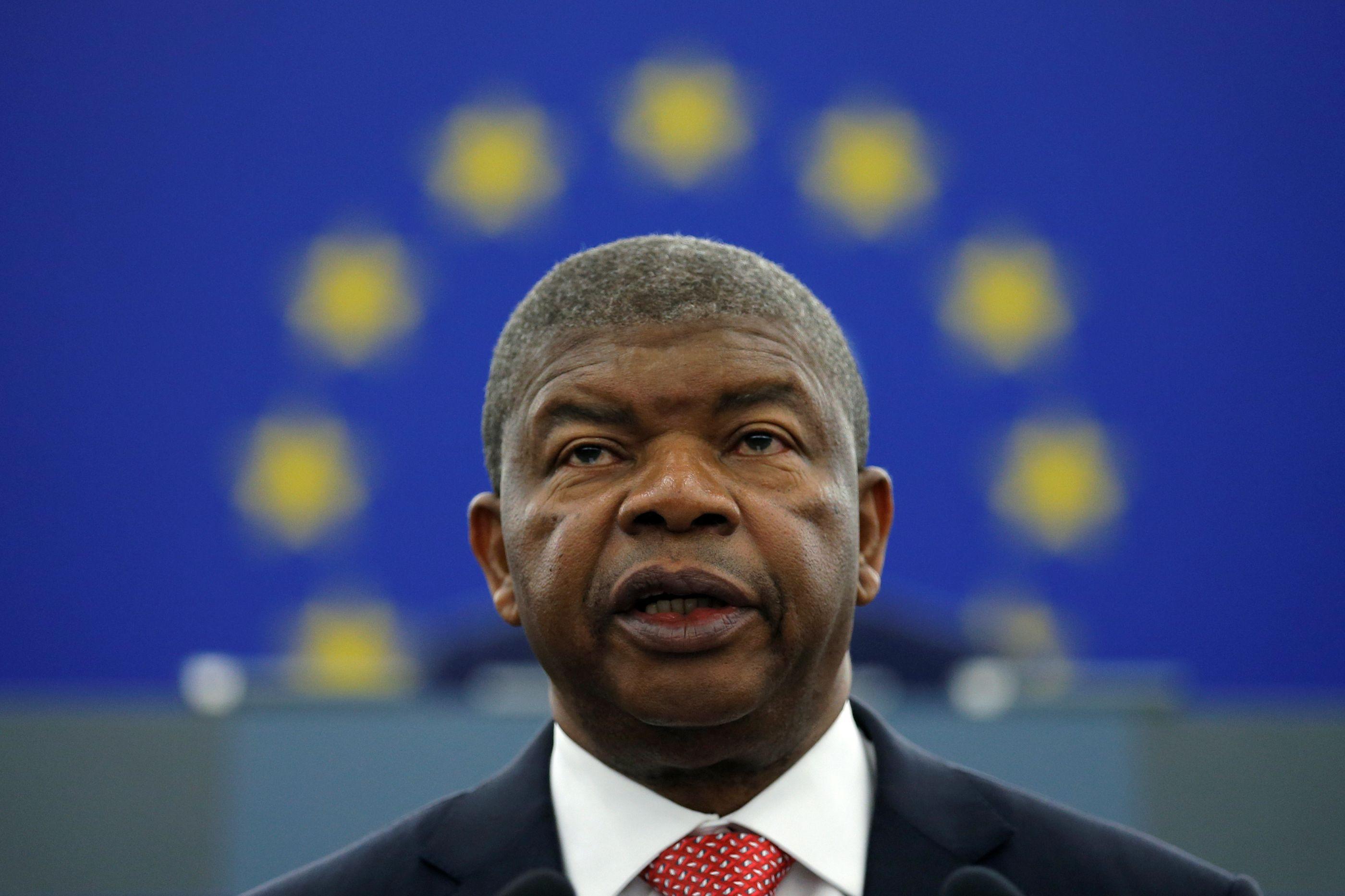 """PR angolano """"sossega"""" BCP sobre saída da Sonangol do banco português"""
