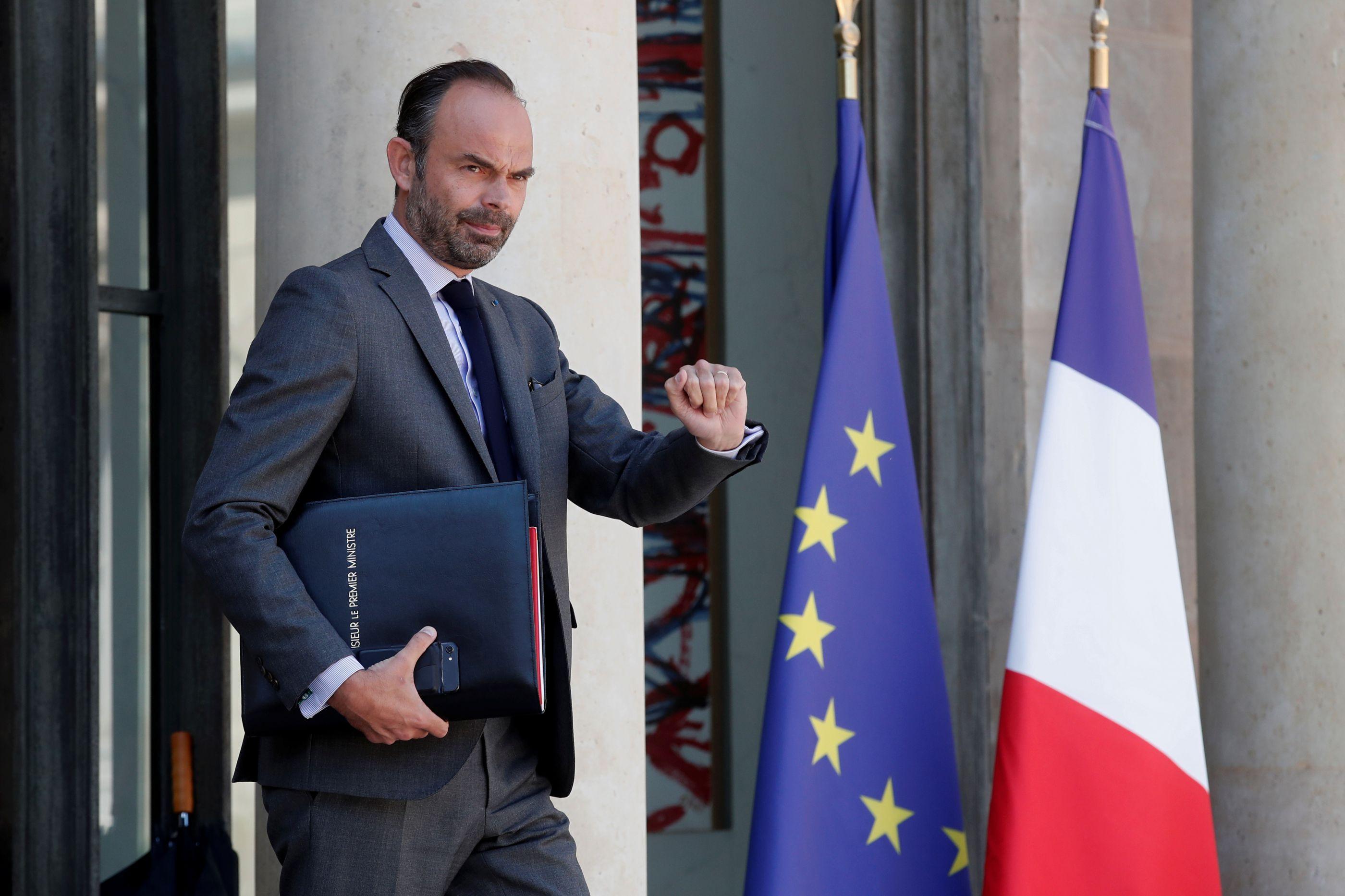 Coletes amarelos: Governo francês anunciou redução dos impostos