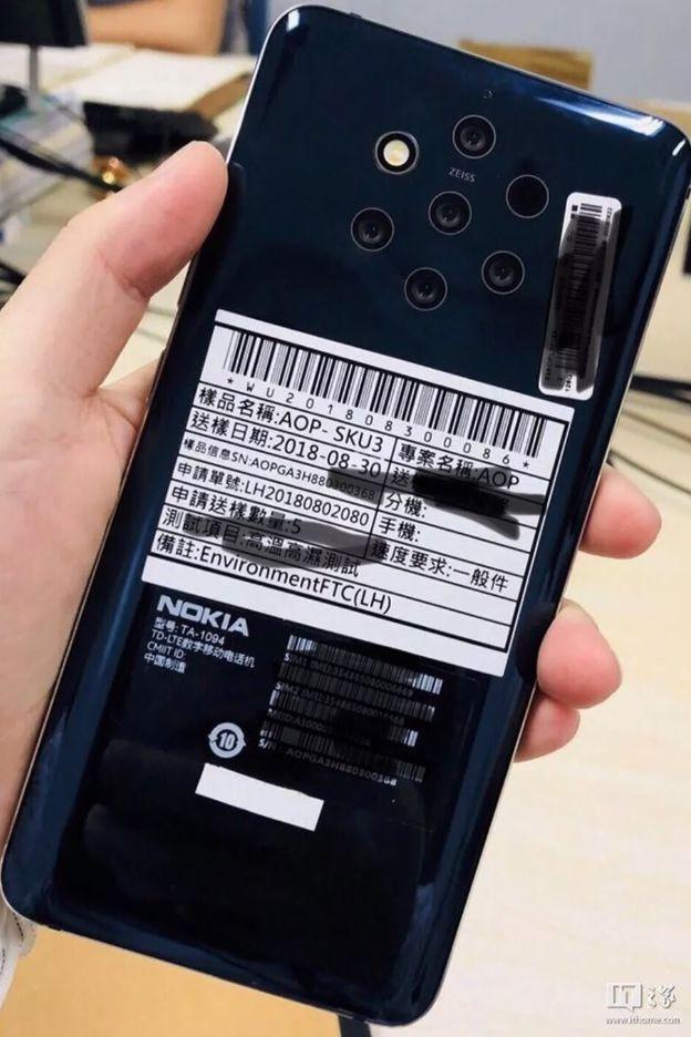 Imagem revela smartphone Nokia com cinco câmaras