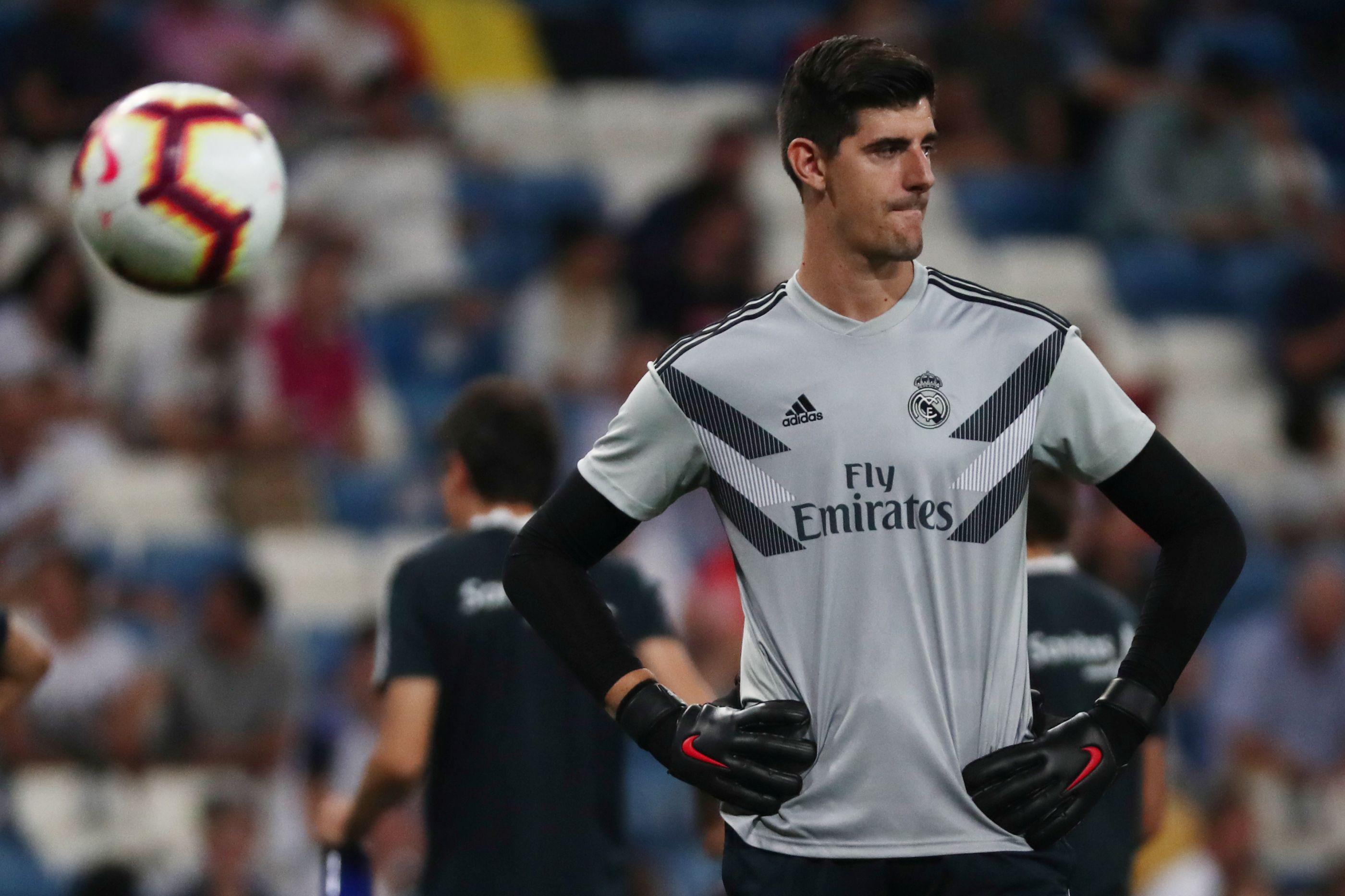 """Courtois: """"Sobreviveremos a esta difícil sequência no Real Madrid"""""""