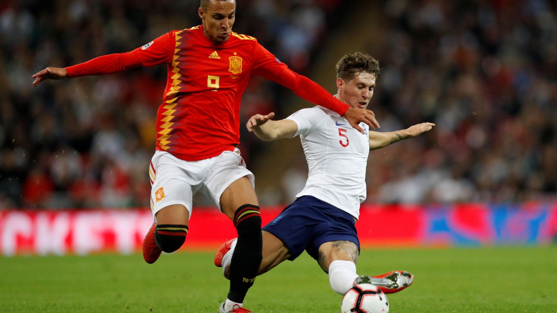 1940a8382cda8 Espanha vence Inglaterra em Wembley na estreia de Luis Enrique