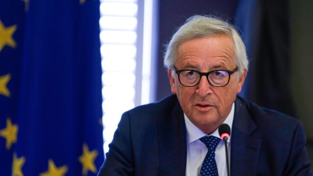 """Juncker assume que saída desordenada seria """"uma catástrofe absoluta"""""""