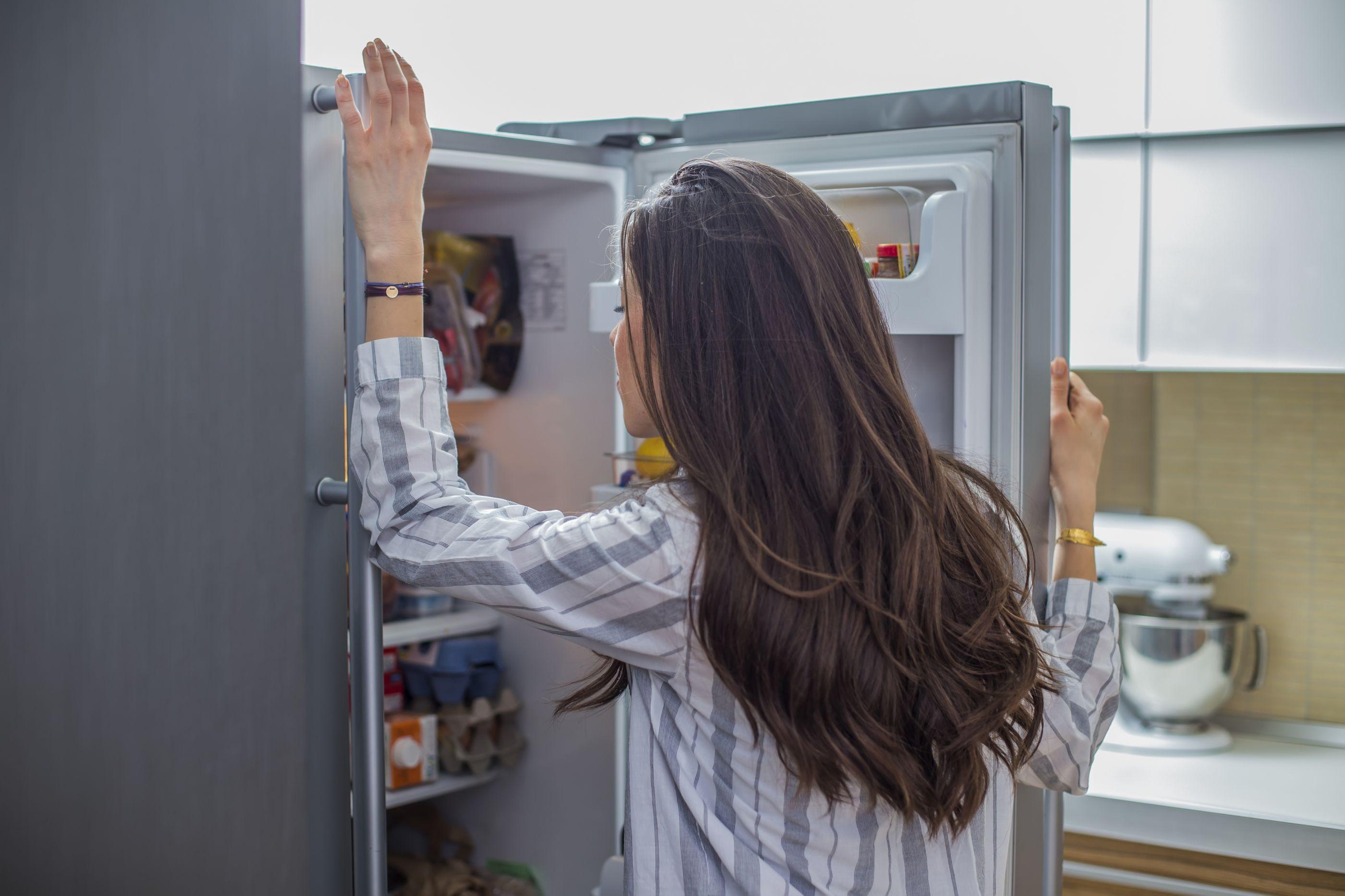 Estes sete aspetos prolongam a vida do frigorífico, mas nem todos o fazem