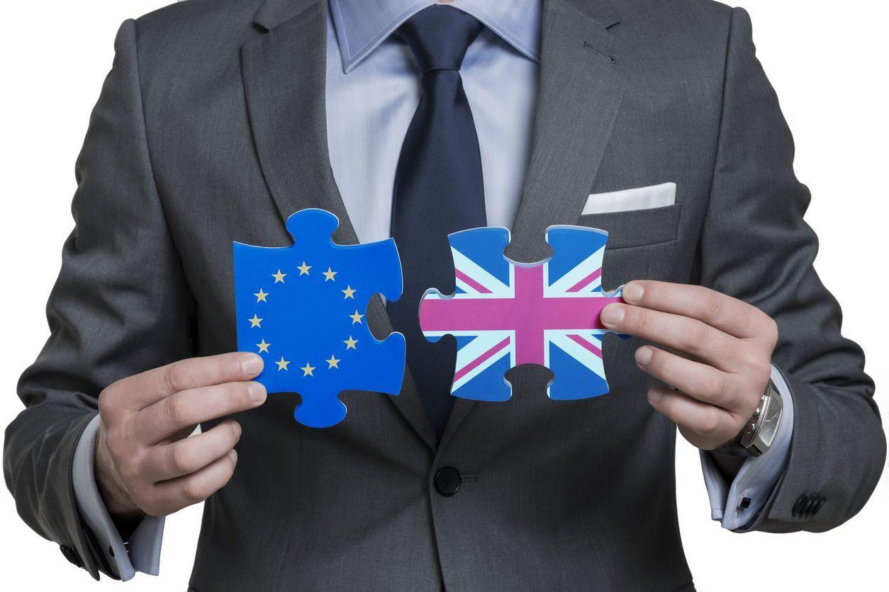 Brexit afasta do Reino Unido trabalhadores europeus e de fora da UE
