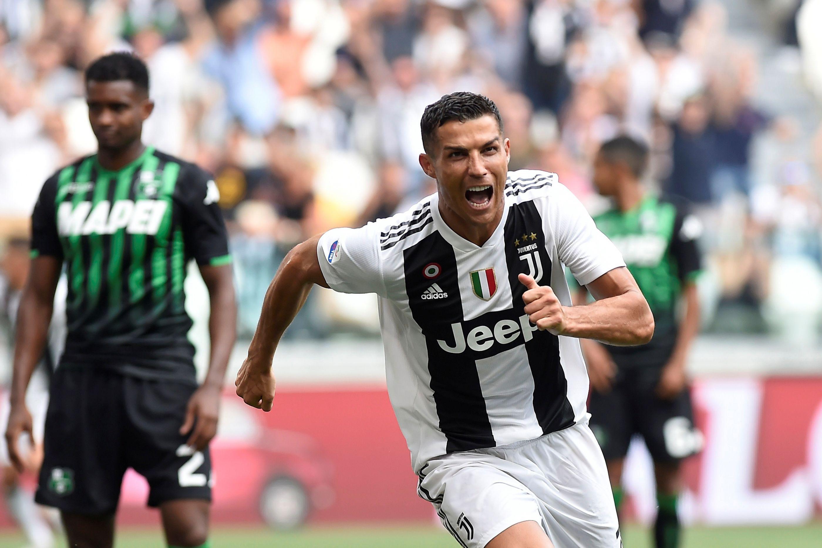 Juventus vence Sassuolo à boleia do bis de Ronaldo