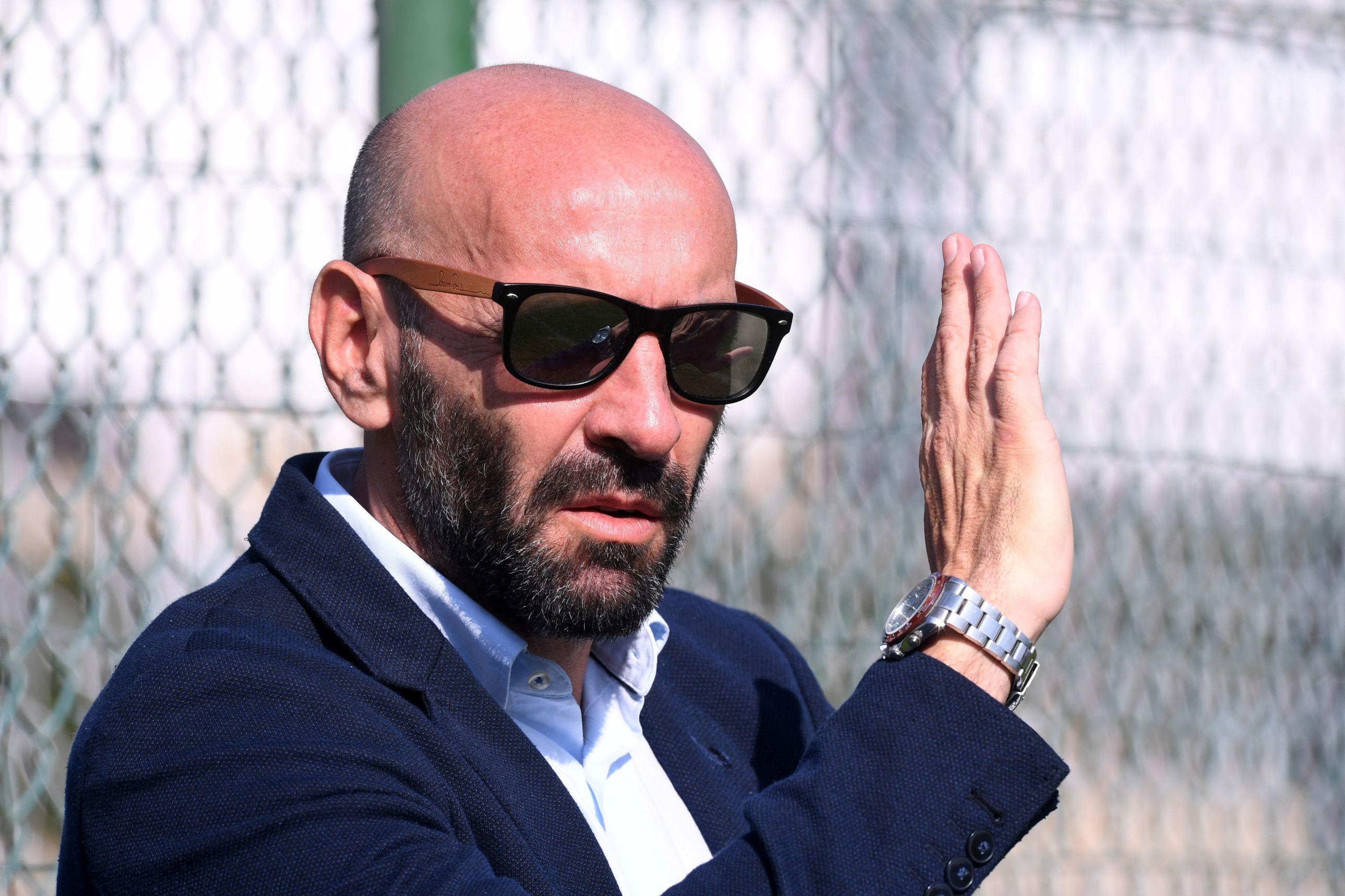 """Monchi enfrenta ultras da AS Roma: """"Apanho-vos um por um"""""""