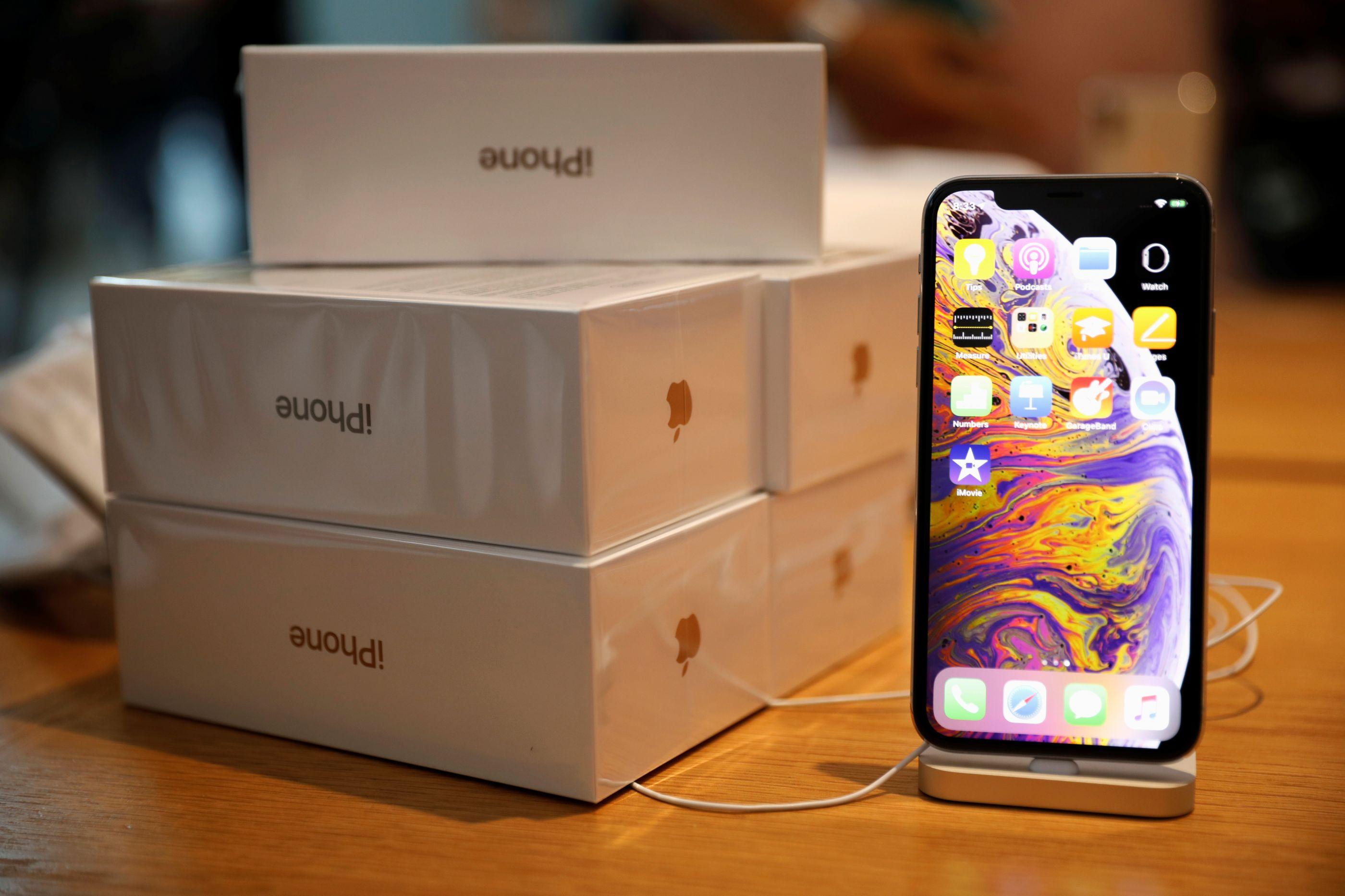 Testes provam que bateria de smartphones está cada vez pior
