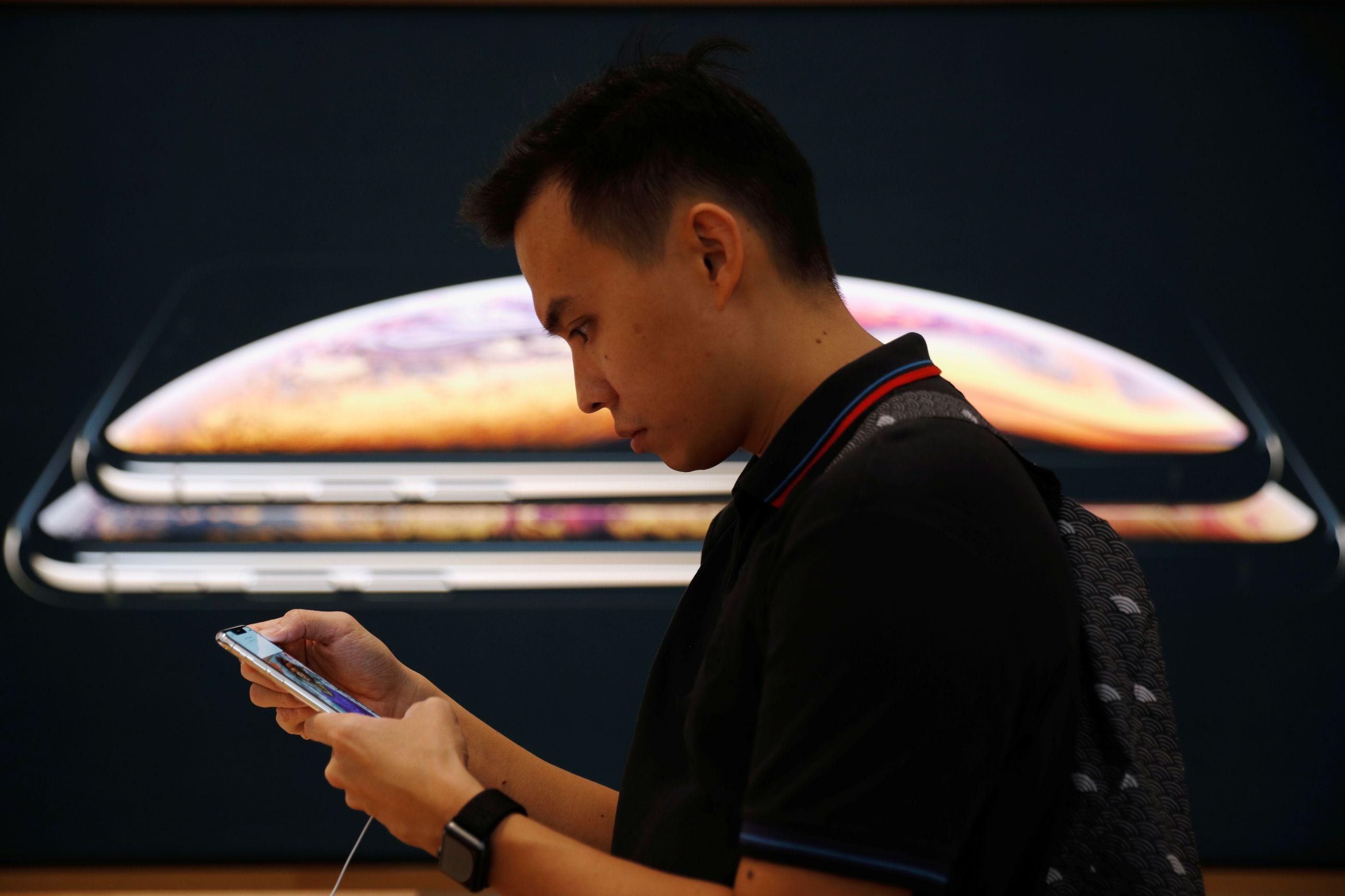Apple ameaça eliminar apps que espiam utilizadores