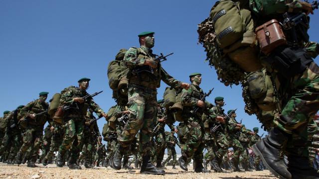 Transição para vida civil explica insatisfação com serviço militar