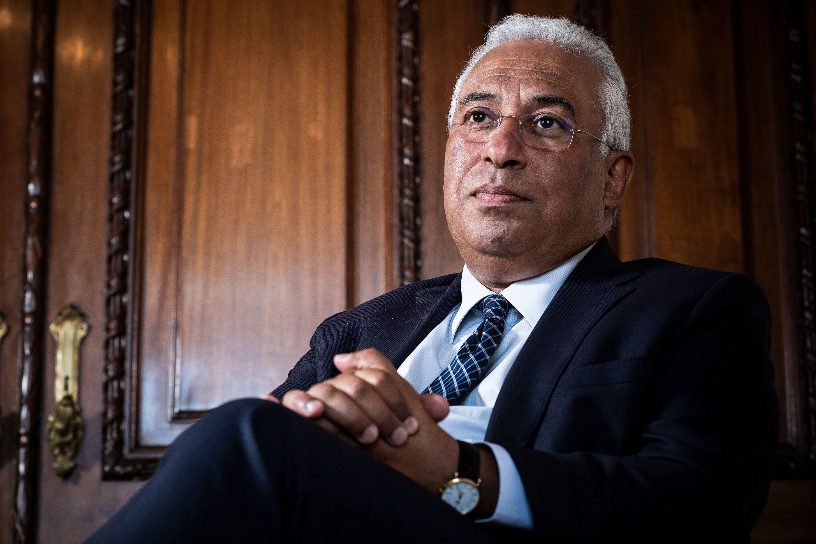 Após revelação, Negrão confrontou Costa que volta a defender o ministro