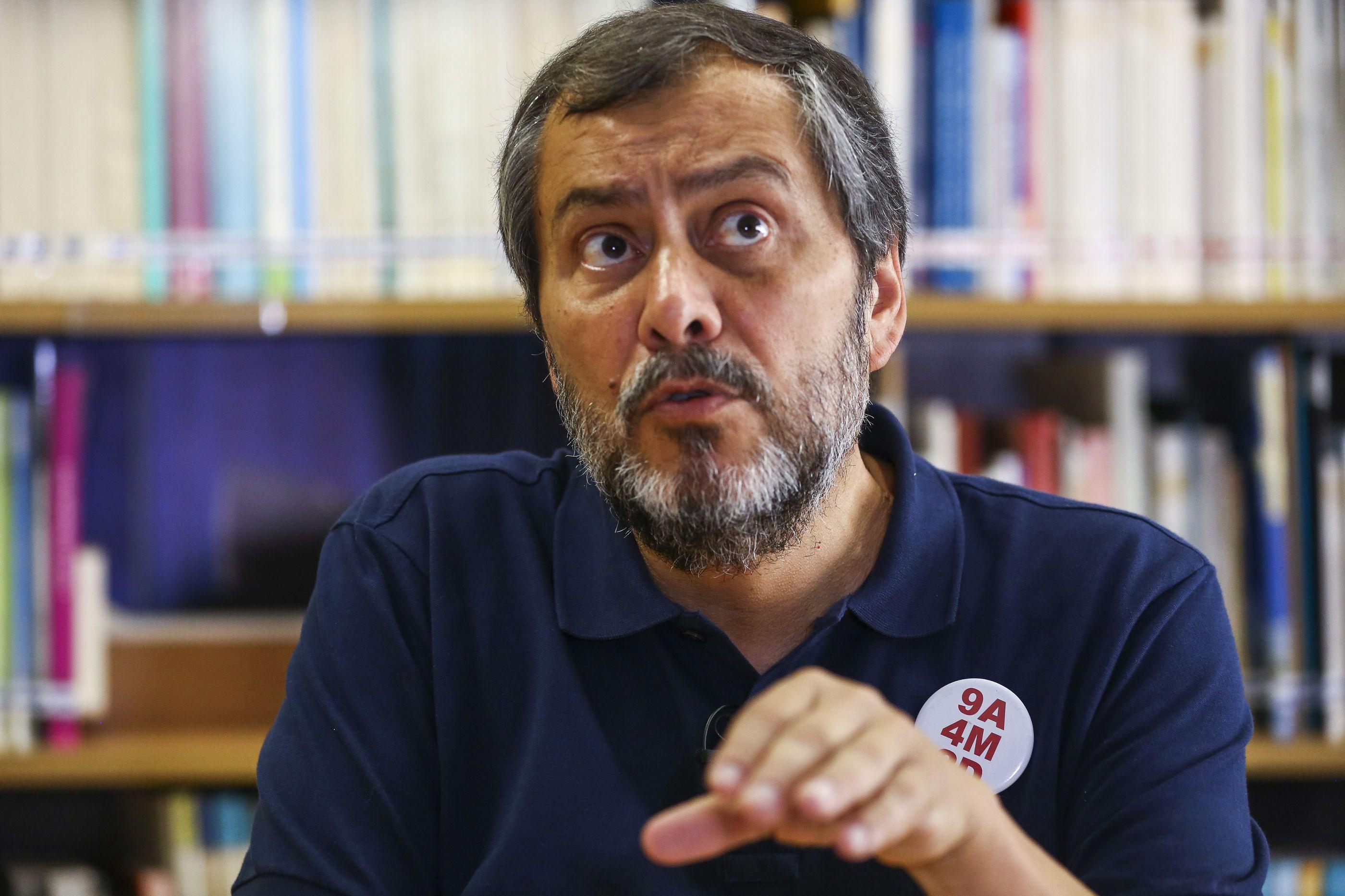 """Depois de """"farsa"""" com Governo, professores são ouvidos por partidos"""