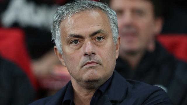 Mourinho arrisca falhar regresso a Stamford Bridge, mas há volta a dar