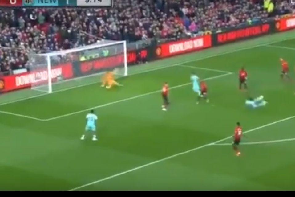 Mourinho despedido já hoje? Vive-se um 'pesadelo' em Old Trafford