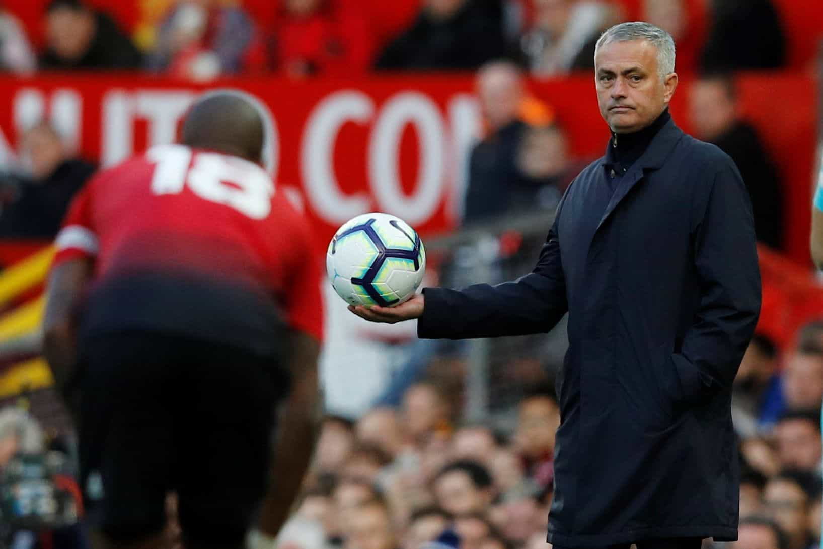 Ou Mourinho, ou eles: As dez estrelas que ameaçam deixar Old Trafford