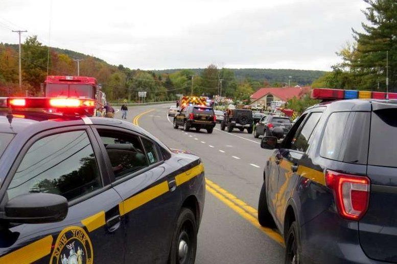 Colisão com limusina faz, pelo menos, 20 mortos em Nova Iorque