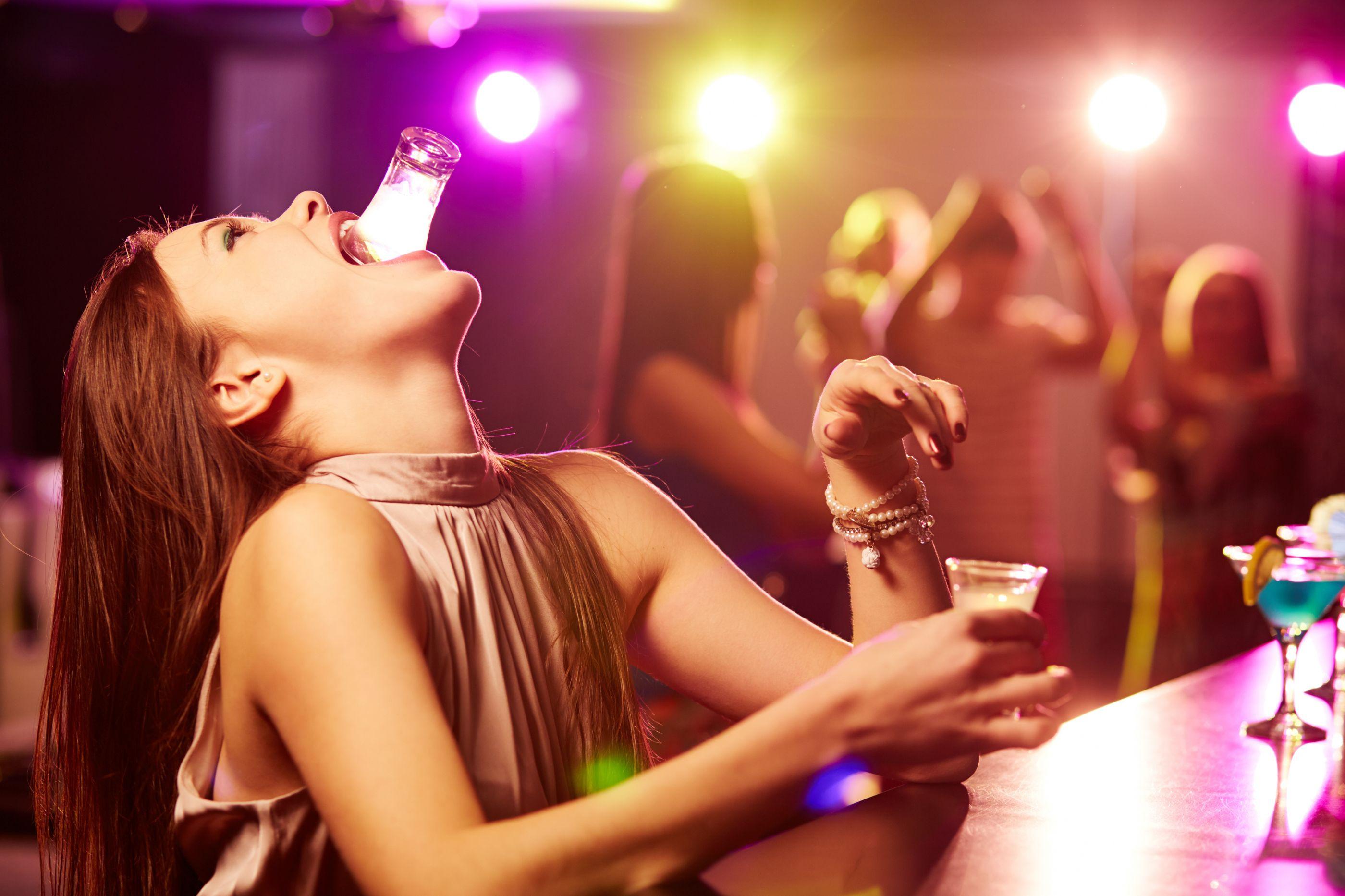 Entenda o que é o 'blackout' alcoólico e por que é tão perigoso (atenção)