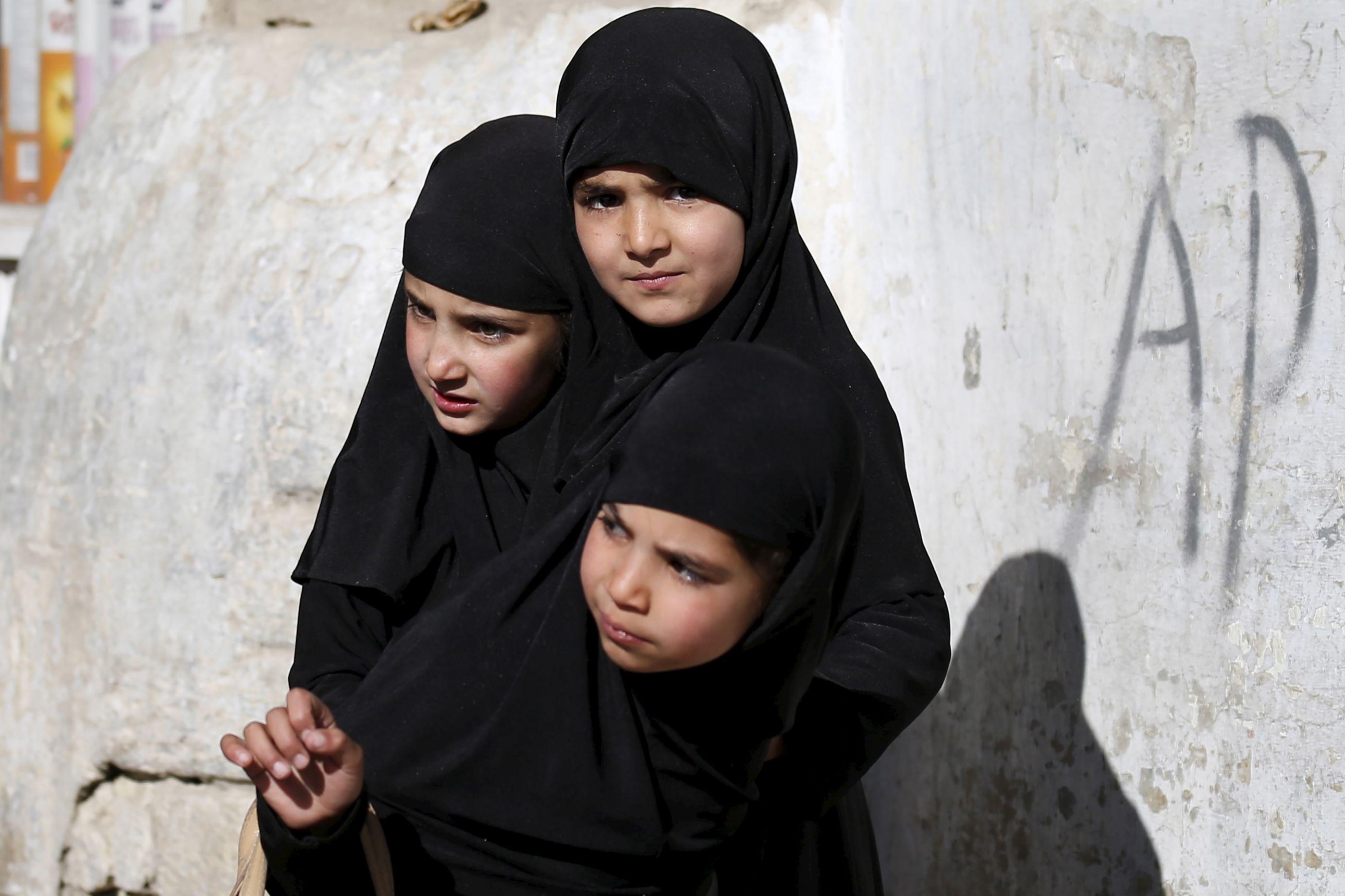 No Afeganistão, intermediário vende crianças como esposas a dois euros