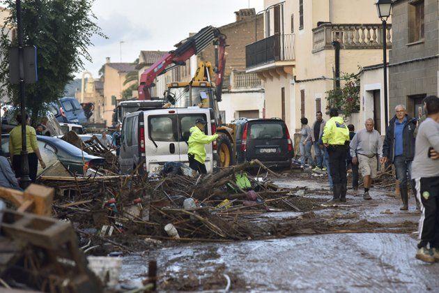 Sobe para 10 número de mortos em Maiorca. Menino de 5 anos desaparecido