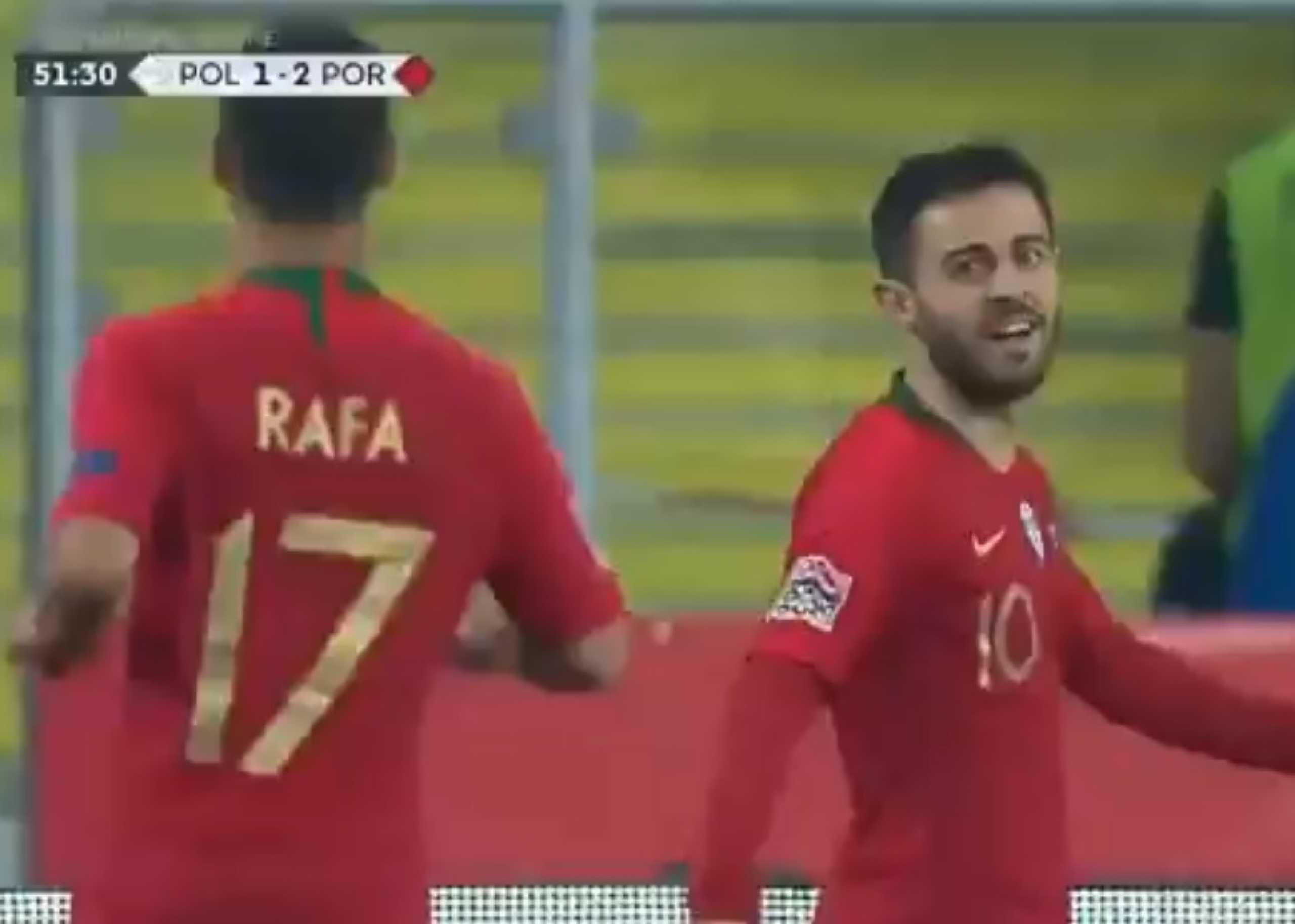'Quem me tira a bola?' Incrível golo de Bernardo Silva à Polónia