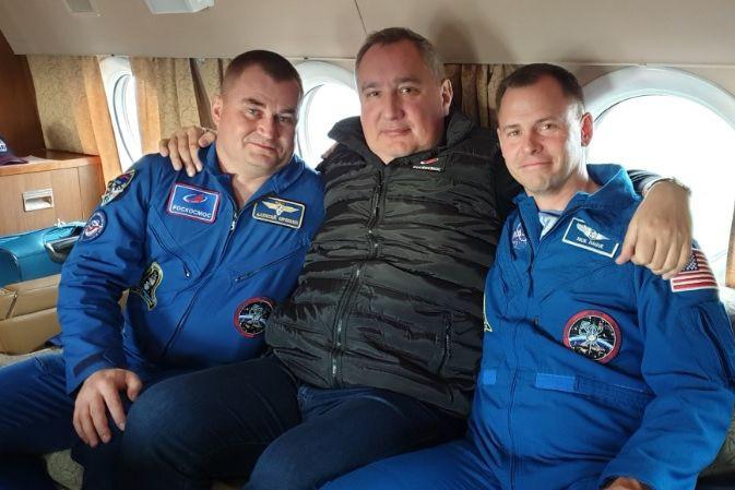 Após susto, astronautas da Soyuz MS-10 deverão voltar ao espaço