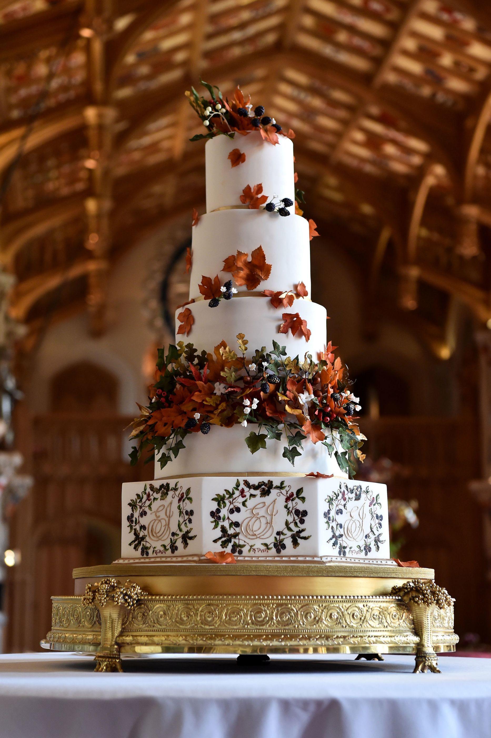 Reveladas imagens do bolo de casamento da princesa Eugenie