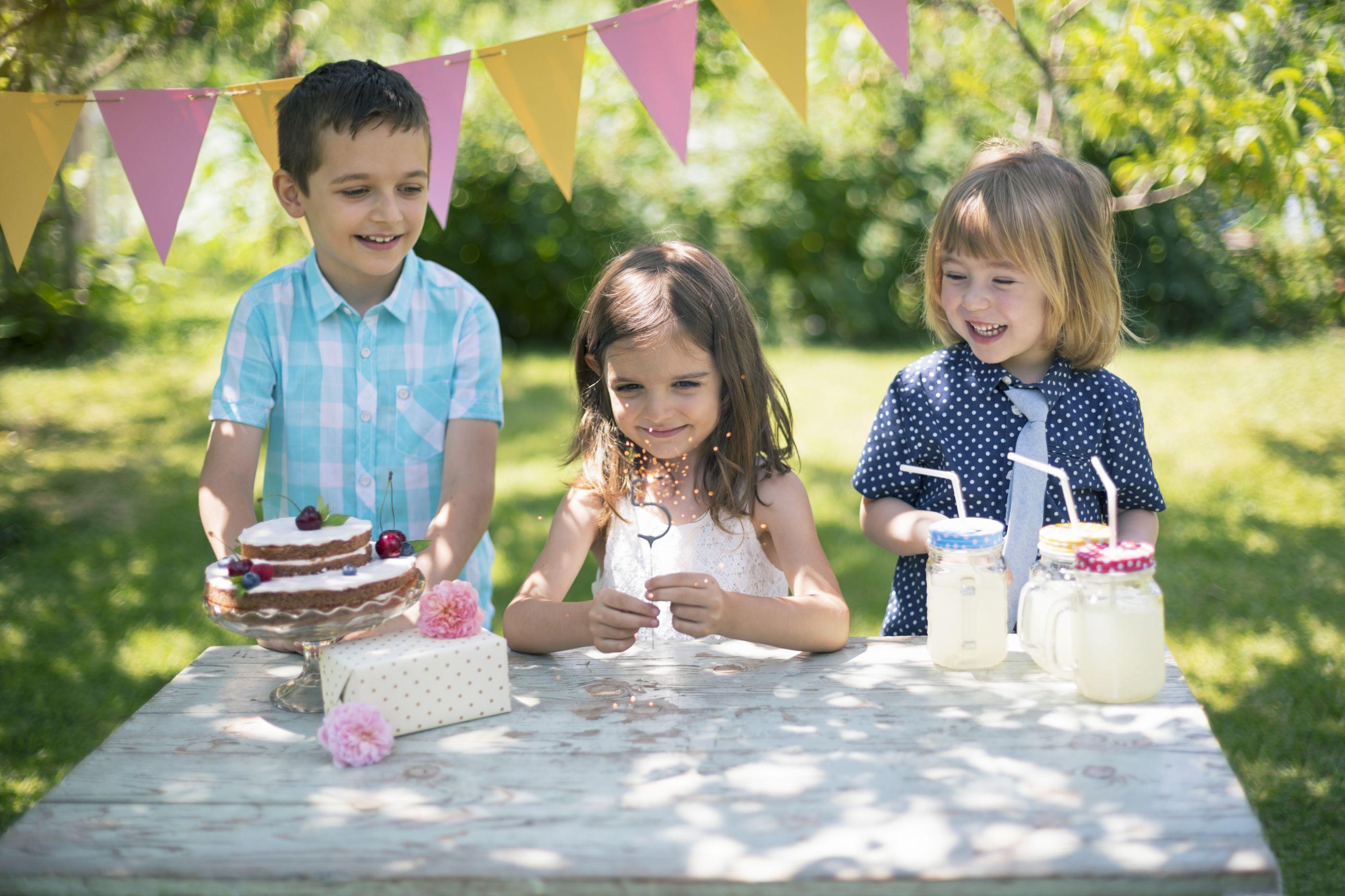 Festa saudáveis para os miúdos são com estas sete sugestões de snacks