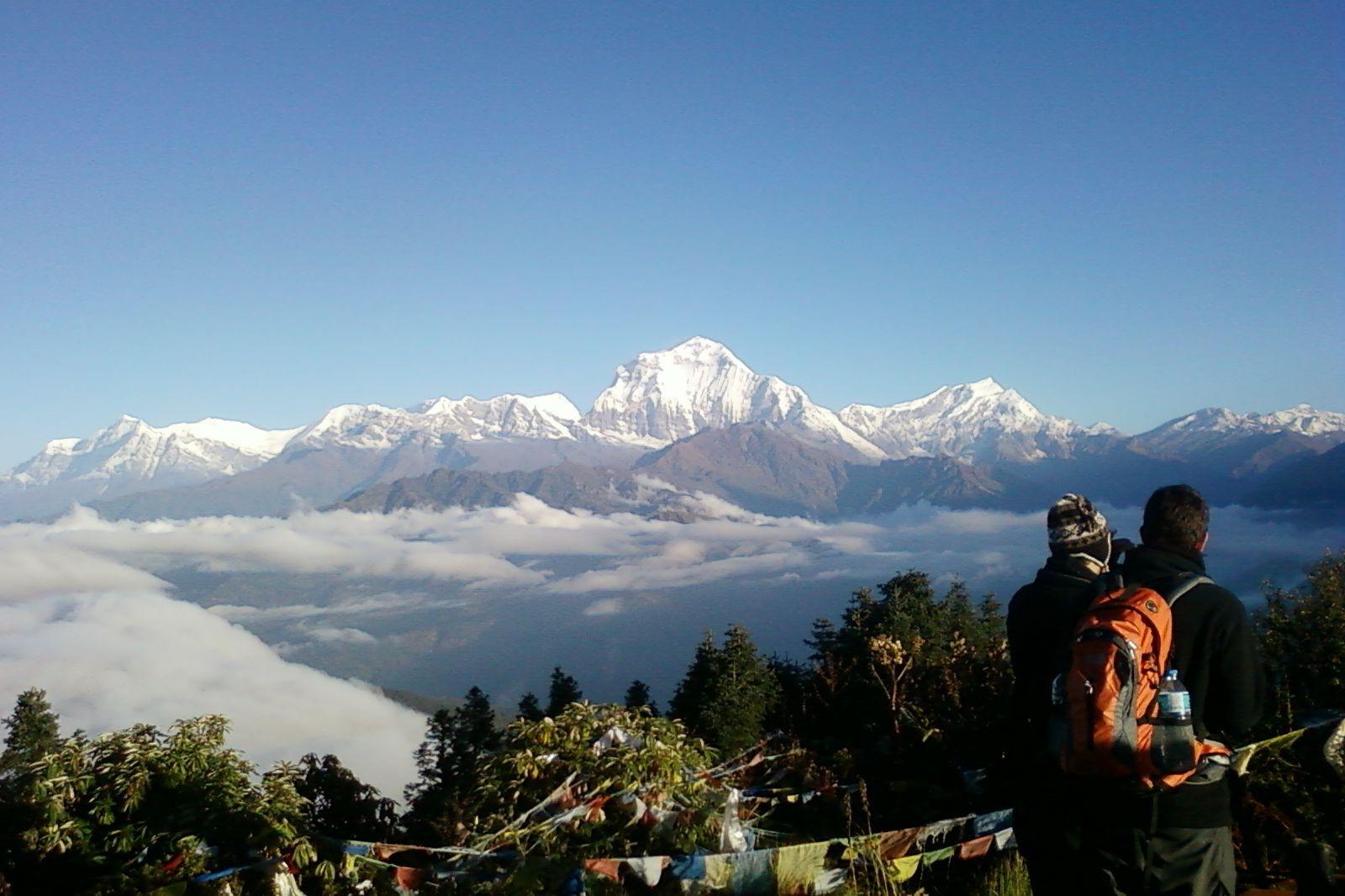 Alpinistas sul-coreanos e guias desaparecidos após tempestade no Nepal