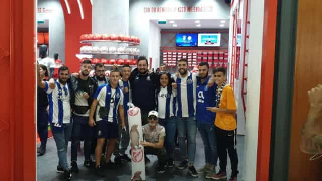 Super Dragões visitam loja do Benfica e obrigam a intervenção da PSP