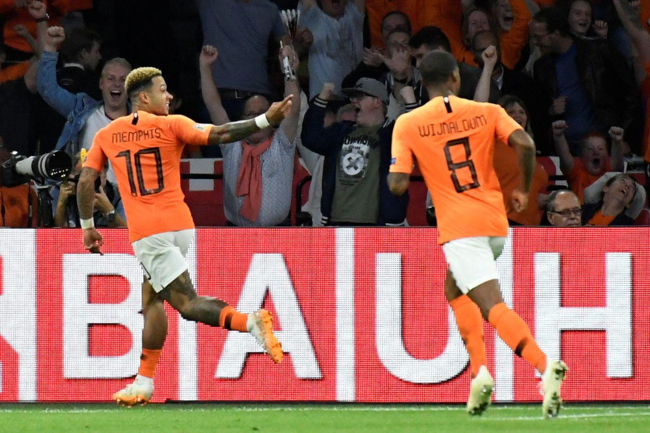 Uma lição de contra ataque à holandesa: Dois passes e um golo