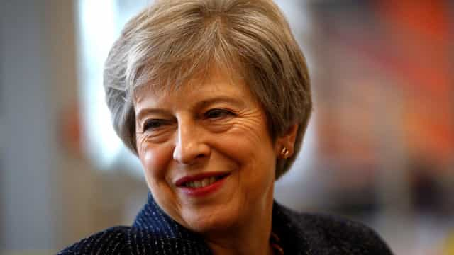 Divórcio está nas mãos de May e de proposta que Londres apresentar