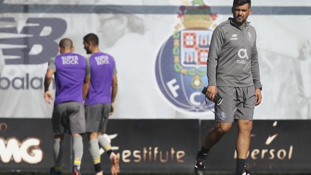 Apenas uma baixa no regresso do FC Porto aos treinos