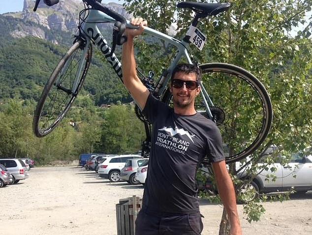 """""""Oxalá apodreça no inferno"""", diz mãe de ciclista que foi morto por engano"""