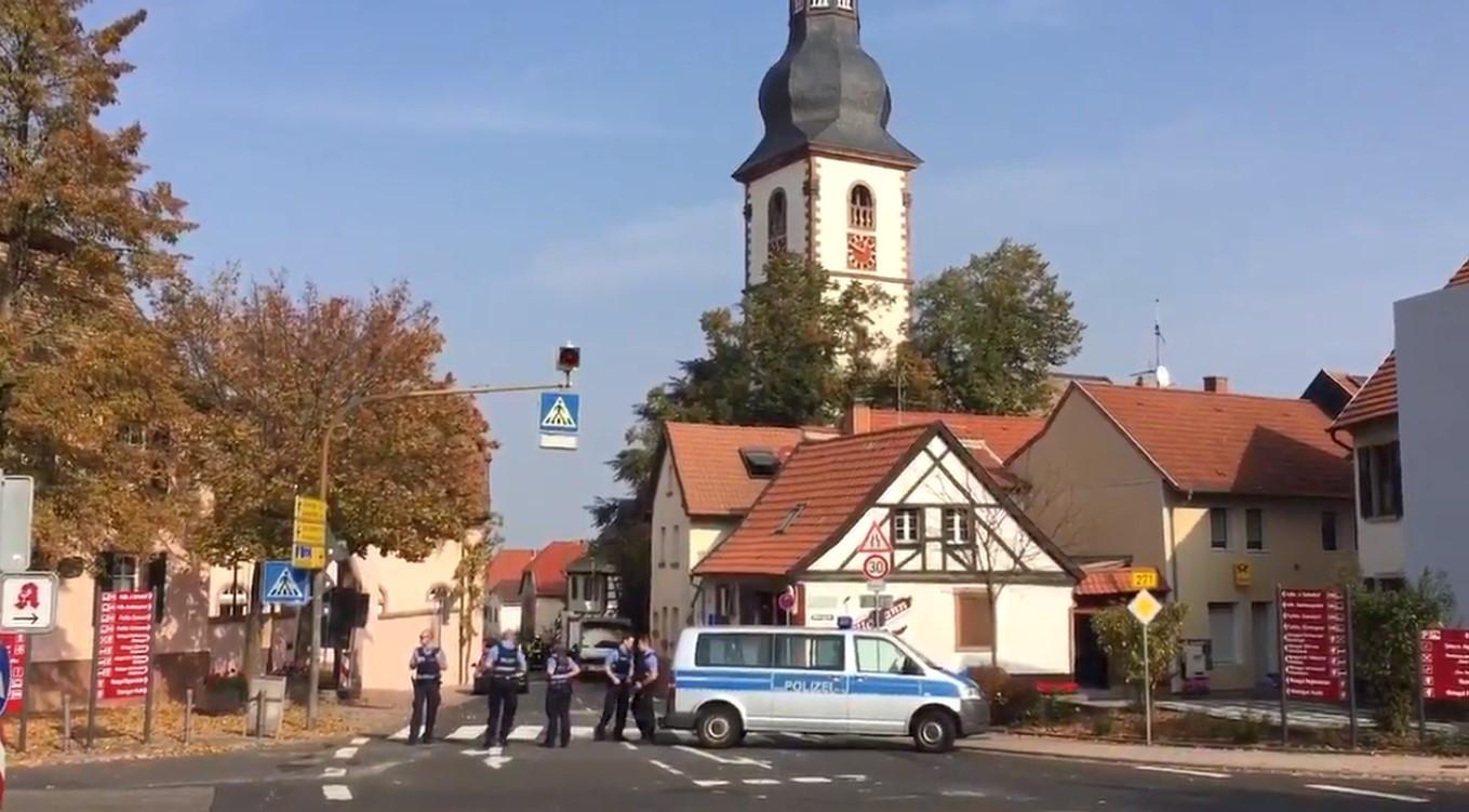 Dois mortos e dois agentes da polícia feridos em incidente na Alemanha