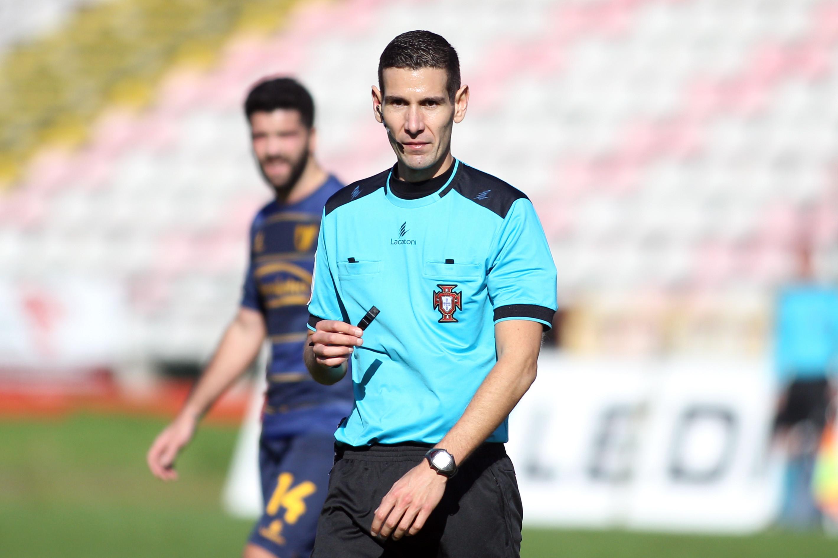 Já é conhecido o árbitro para o duelo entre Vila Real e FC Porto