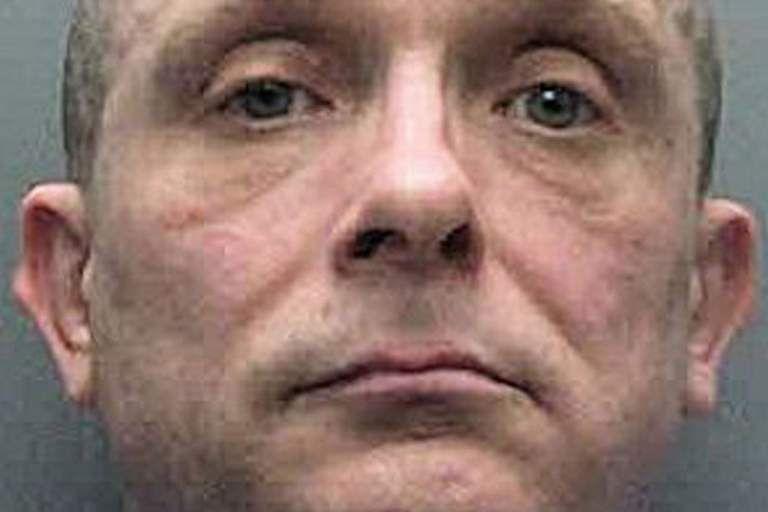 Trinta anos após matar duas crianças, pedófilo é tramado por ADN