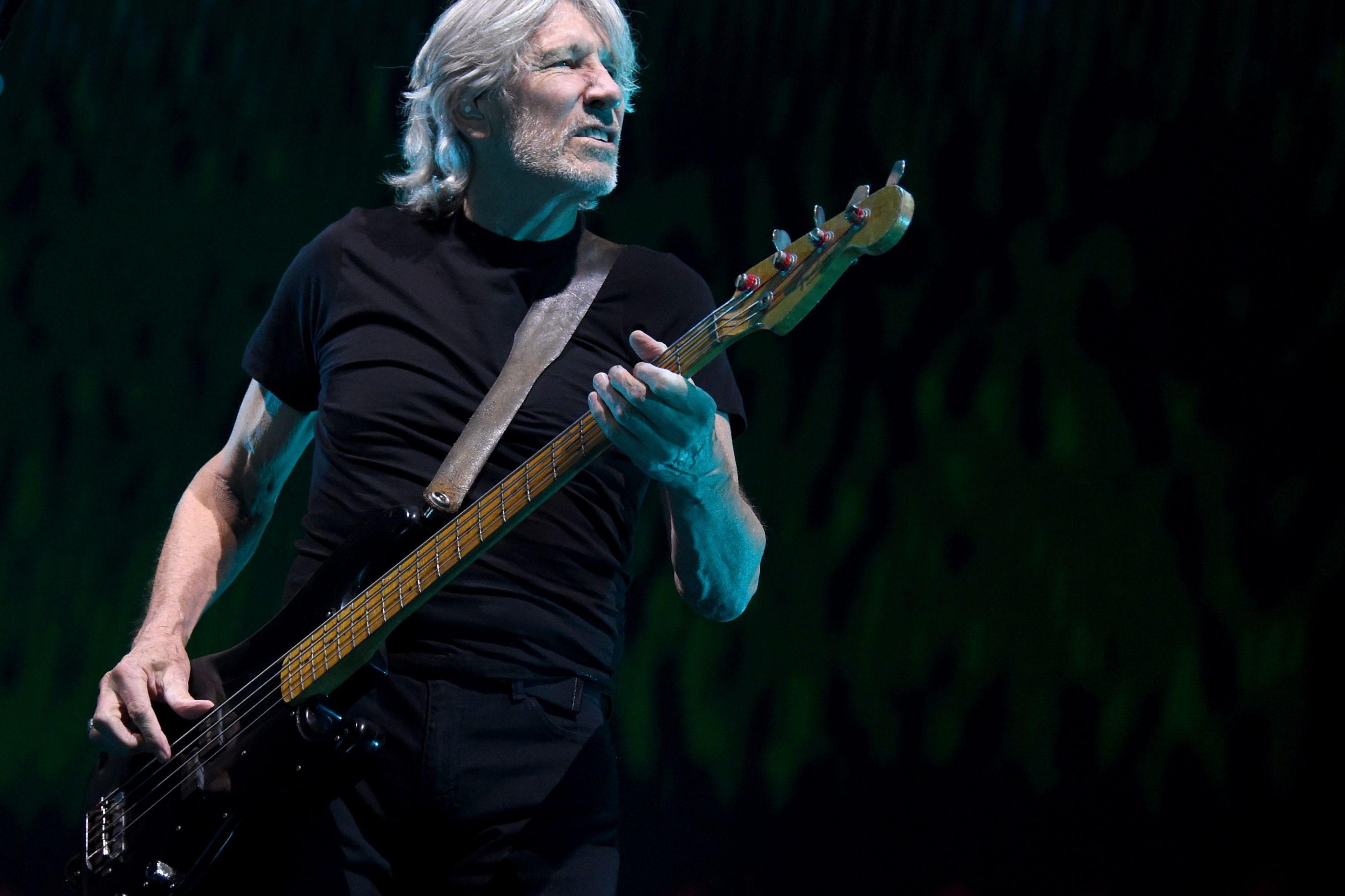 Roger Waters compara Bolsonaro a Hitler e admite boicotar Brasil