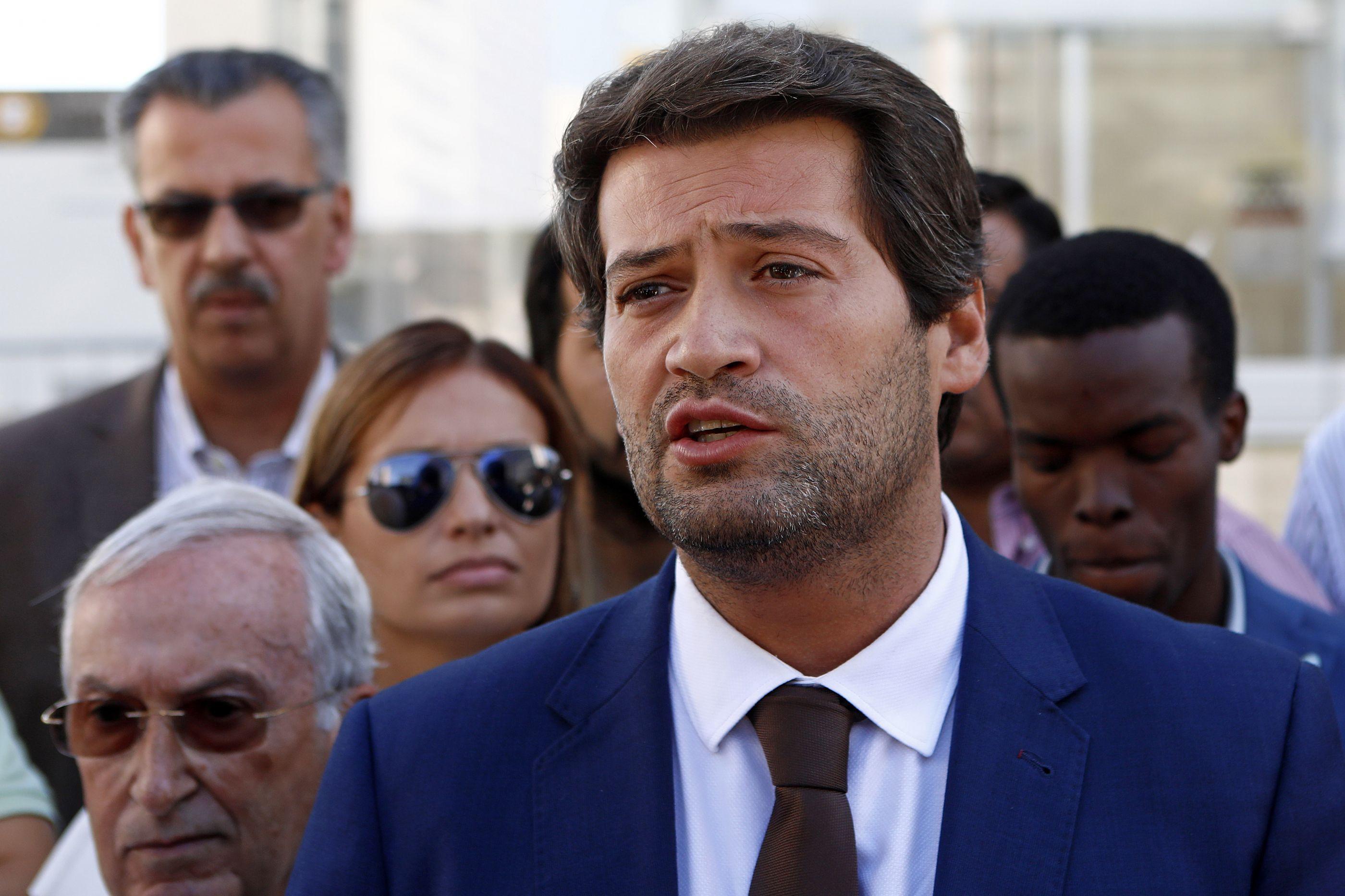Ministério Público confirma inquérito a recolha de assinaturas do Chega