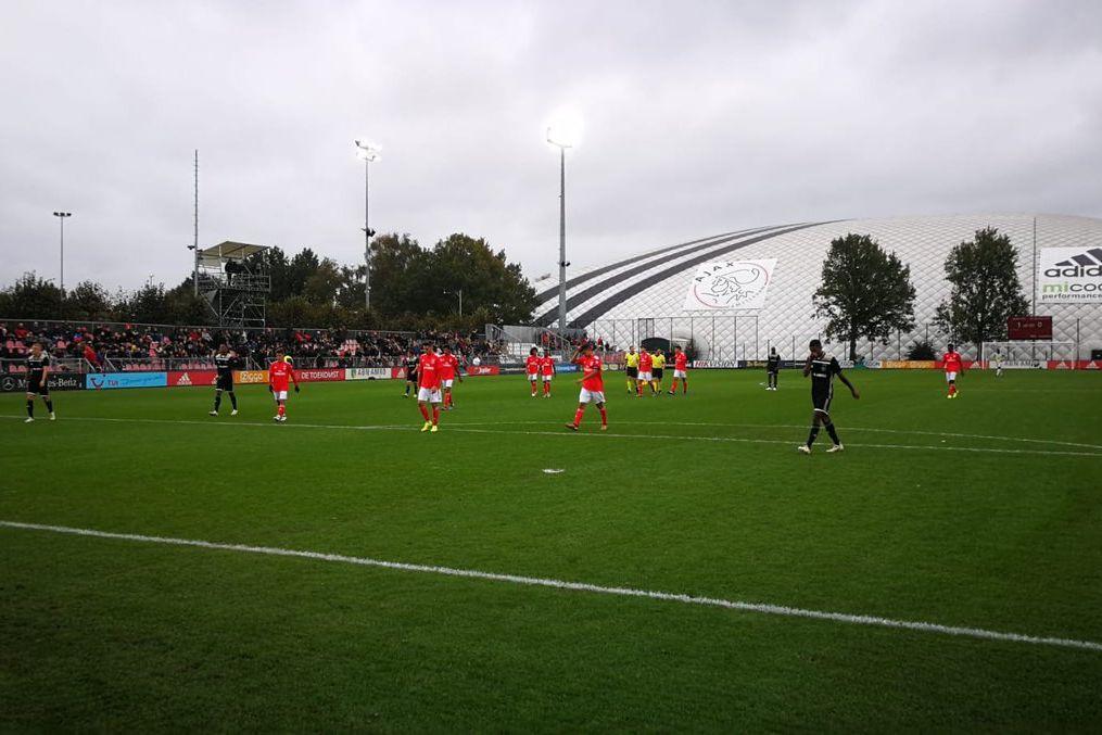 Jovens águias perdem diante do Ajax na Holanda