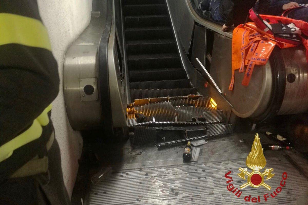 Escada rolante cede no metro de Roma e faz dezenas de feridos