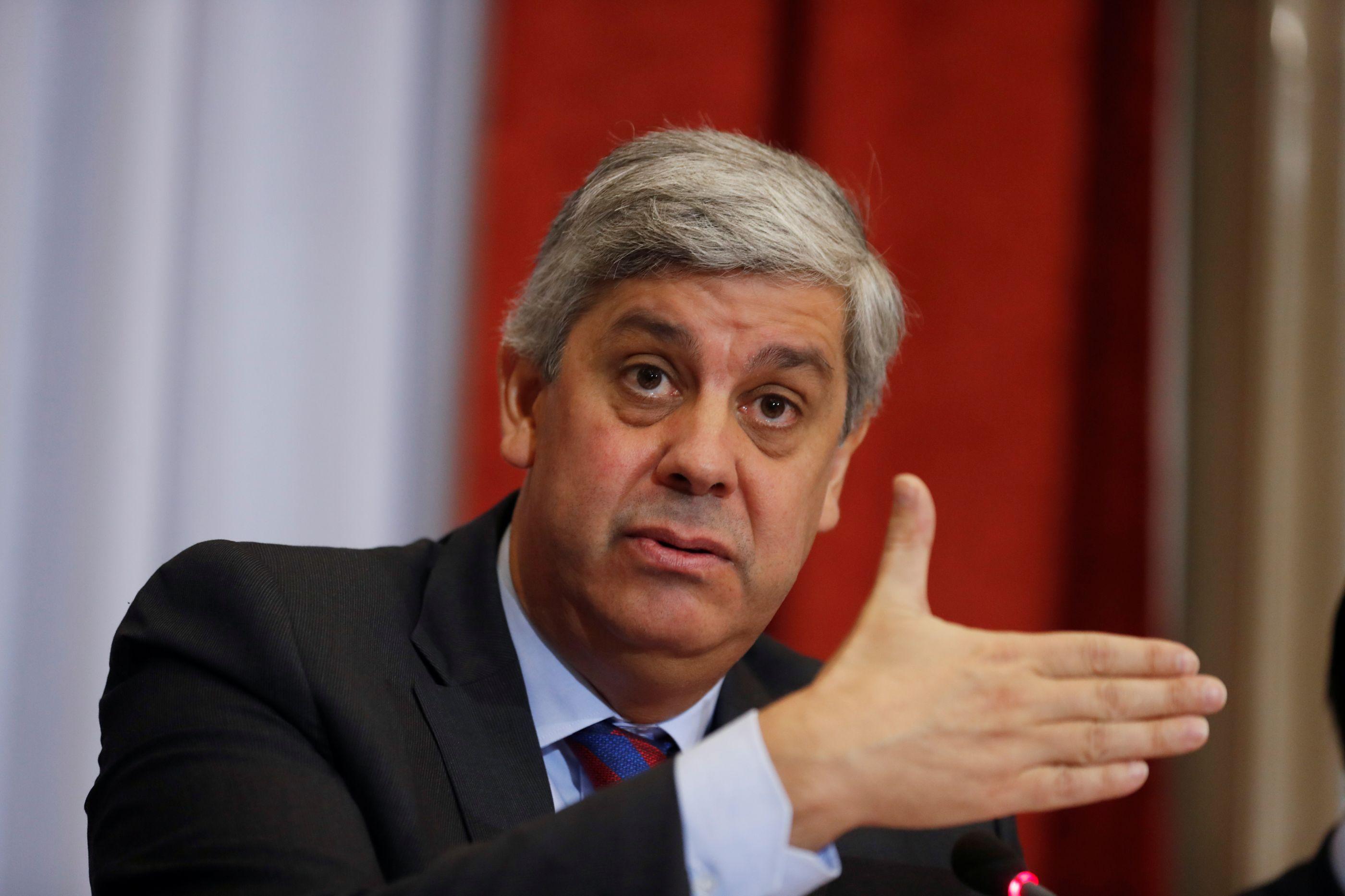 """Portugal faz 'bis' ao convergir com zona euro. """"Primeira vez em 20 anos"""""""