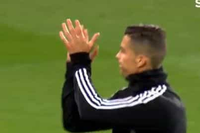 Ronaldo foi para o aquecimento, foi ovacionado e... agradeceu