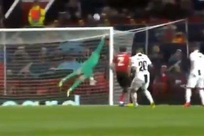 A monstruosa defesa de De Gea que negou o golo a Ronaldo