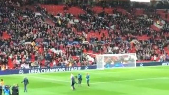 Adeus de Ronaldo a Old Trafford teve direito a cântico especial