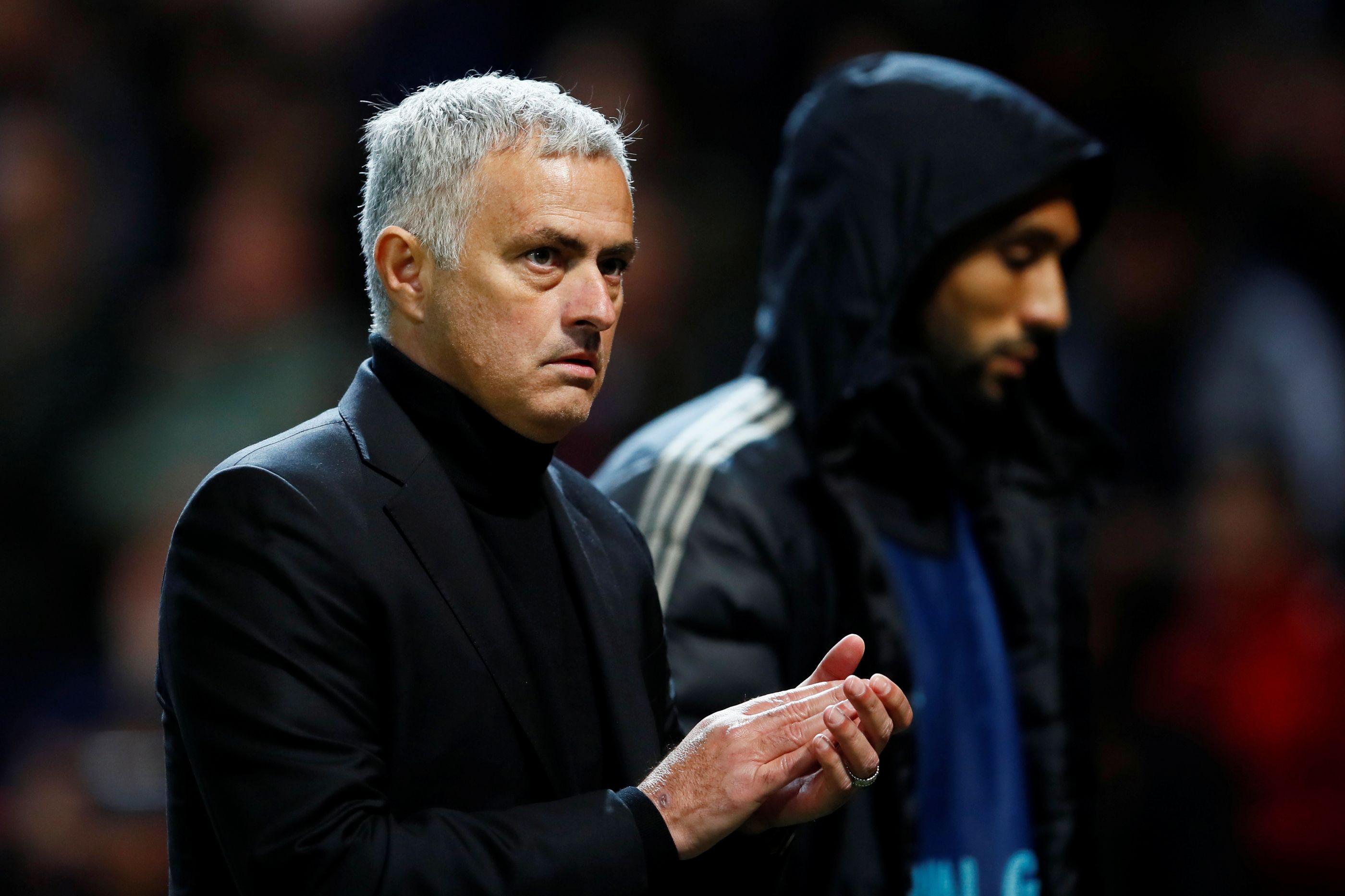 Críticas a De Gea motivam novo 'ataque' de Mourinho a Casillas